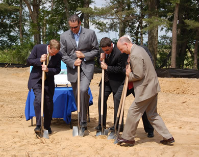 Qdevco Breaks Ground On On A 2 189 Acre Marsh Front Site In